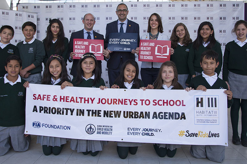 Ecuadorian schoolchildren celebrate inclusion of Safe & Healthy Journeys to School in the New Urban Agenda.