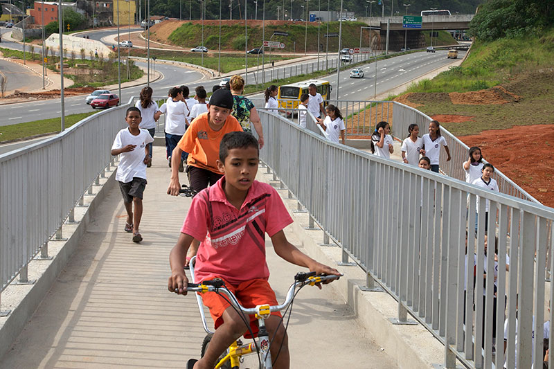 Network of Brazilian cities launched to boost cycling and walking with key actions