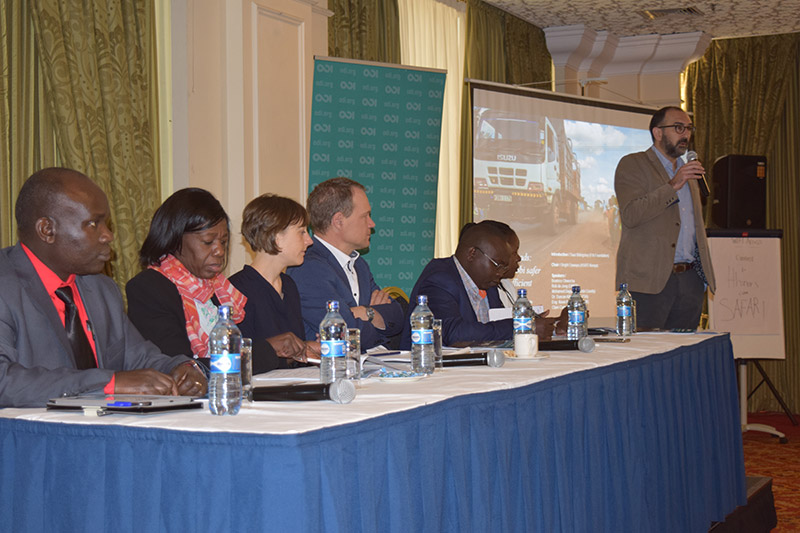Saul Billingsley, Executive Director of the FIA Foundation, speaks at the launch of the report in Nairobi.