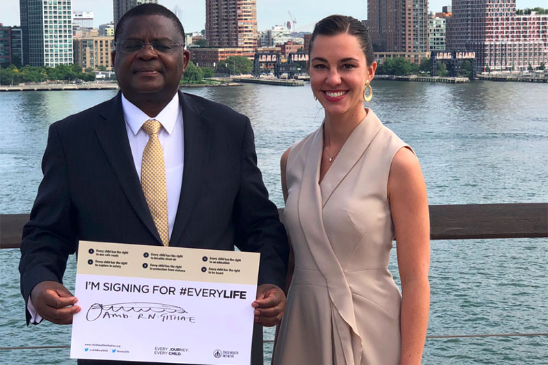 North American Director Natalie Draisin with Kenyan Ambassador Githae after signing the #EveryLife Declaration.