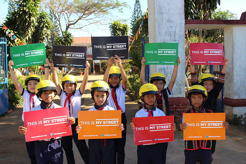 The Gia Lai province proves that life-saving change can be made when children are prioritized on streets. Through the 'This is my street' campaign, leaders are hearing children demand safety on streets.